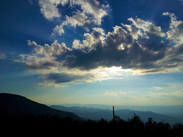 Clouds (c) in medias res by Melinda Kucsera
